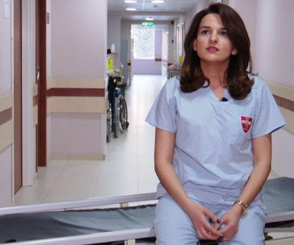"""ერთი ექიმის ამბავი – """"ვერ ვიფიქრებდი თუ ეს ყველაფერი ერთი წელი გაგრძელდებოდა"""""""